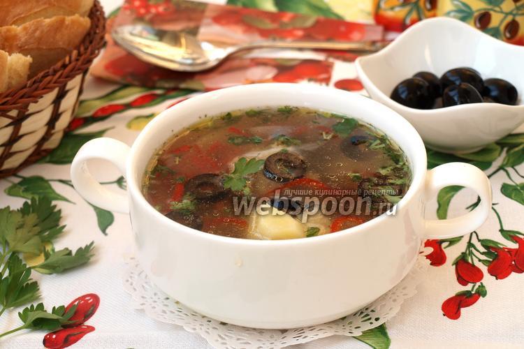 Фото Суп с курицей и маслинами