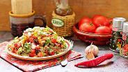 Фото рецепта Салат из печёных и свежих овощей