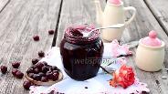 Фото рецепта Вишня консервированная в желе