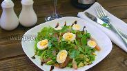 Фото рецепта Нежный салат с балыком и перепелиными яйцами