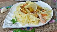 Фото рецепта Паста с овощами гриль, креветками и мидиями в устричном соусе