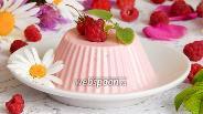 Фото рецепта Сметанно-малиновое желе