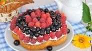 Фото рецепта Миндальный пирог с ягодами