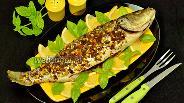 Фото рецепта Сибас, запечённый с кедровыми орехами и хлебными крошками