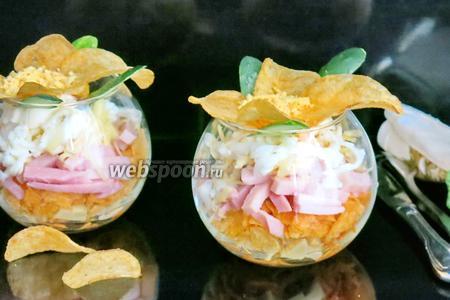 Салат «Орхидея» с чипсами