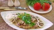 Фото рецепта Люля-кебаб с моцареллой в сливочно-грибном соусе