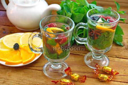 Деревенский чай с ягодами