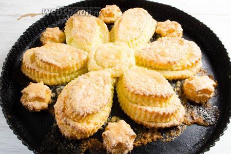 Готовое печенье вынуть из духовки. Подавать печенье к чаю.