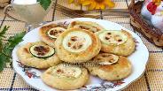 Фото рецепта Оладьи из кабачков с припёком