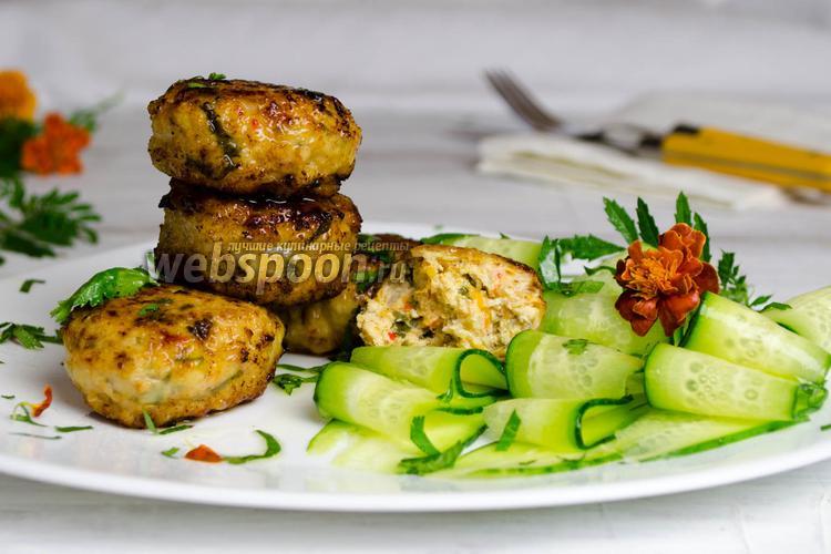Фото Индюшиные котлеты с овощами