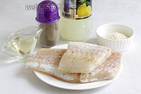 Для приготовления рыбных палочек из трески возьмём филе рыбы, чёрный перец, лимонный сок, масло растительное, панировочные сухари для фритюра, соль.