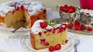 Фото рецепта Пирог творожный с малиной