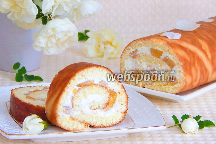 Фото Бисквитный рулет с творогом и персиками