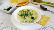 Фото рецепта Сливочный суп с курицей и цукини