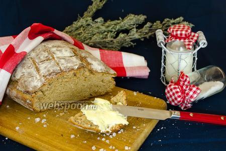 Бездрожжевой хлеб с розмарином