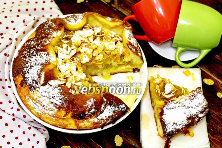 Фото Клафути с яблоками