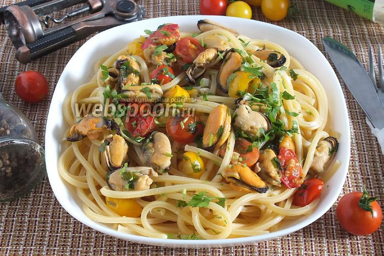 Фото Спагетти с мидиями в масляно-винном соусе