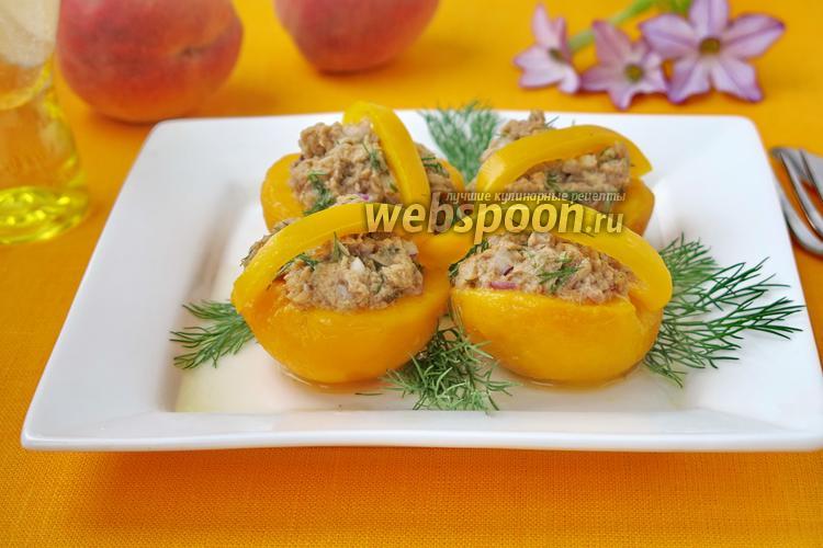 Фото Лукошки из персика с тунцом