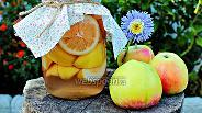 Фото рецепта Компот с персиками и яблоками