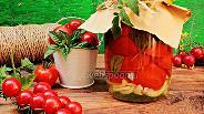 Фото рецепта Помидоры дольками с базиликом