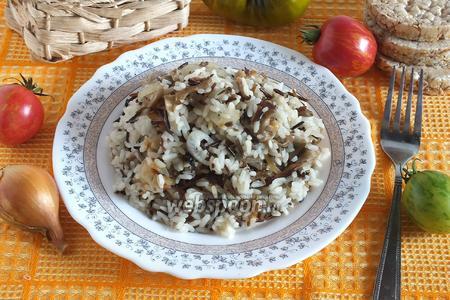 Рисовый гарнир с вёшенками и тимьяном