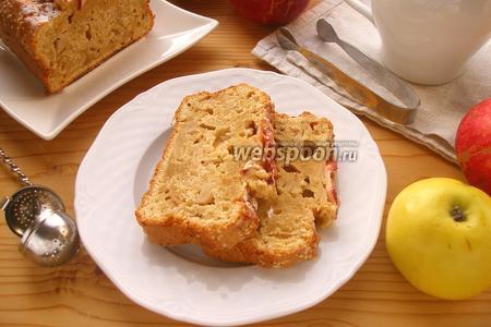 Яблочный кекс с кунжутом