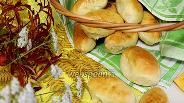 Фото рецепта Пирожки дрожжевые с лисичками и зелёным луком