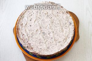 Готовый торт по желанию можно ещё обсыпать шоколадной стружкой или орехами. Наш торт «Кофейно-шоколадный» готов. Приятного чаепития!