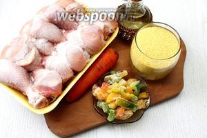 Для приготовления нам понадобятся следующие ингредиенты: куриная голень, крупа кускус, масло растительное, морковь, перец сладкий ( у меня был замороженный), соль и вода.