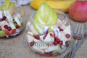 Итальянский салат с бананами