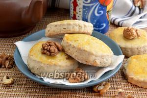 Сконы с корицей и грецким орехом