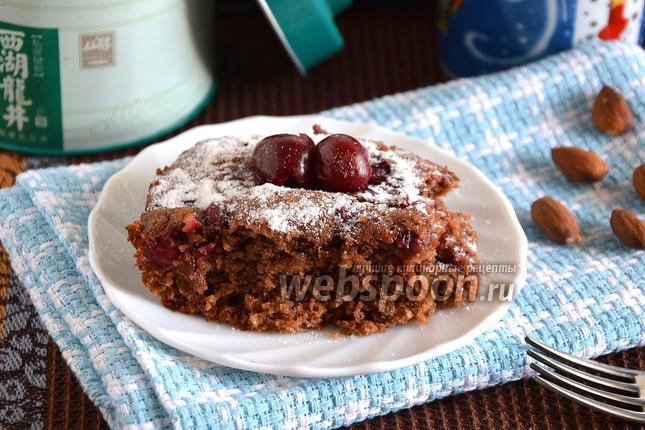 Фото Постный пирог с вишней