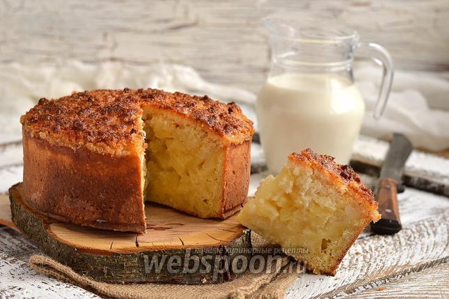 Фото Ананасовый пирог с кокосовой шапочкой