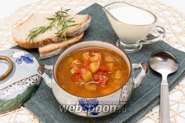 Фото Томатный суп с баклажанами и нутом