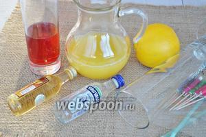 Для коктейля потребуется водка, персиковый ликёр, сок апельсиновый и клюквенный, лёд, трубочки для коктейля, зонтики, долька апельсина для украшения и высокий бокал.
