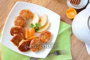 Сырники с грушей и мёдом