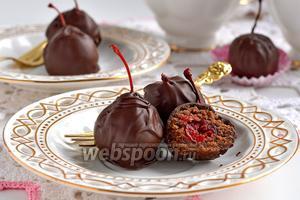 Коктейльная вишня в шоколаде