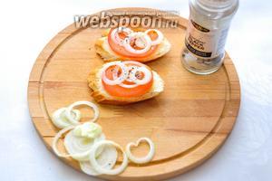 Посыпаем сверху солью и перцем! Чем солёней и перчёней — тем вкуснее бутерброды!