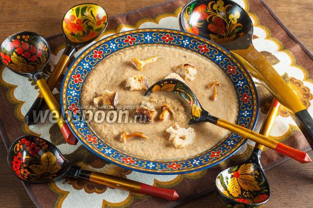 Фото Постный диетический суп-пюре из лисичек