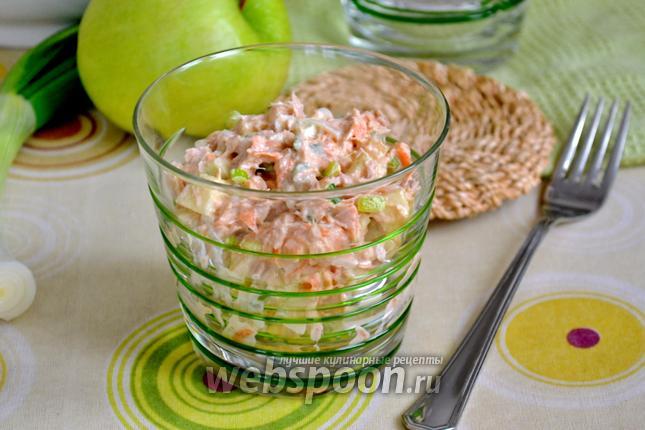 Фото Американский салат с тунцом