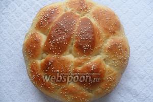 Выпекаем хлеб в разогретой духовке, при температуре 200°С 25-30 минут. Приятного аппетита!