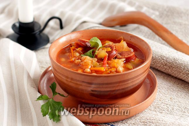 Фото Фасолевый суп с кислой капустой и колбасками