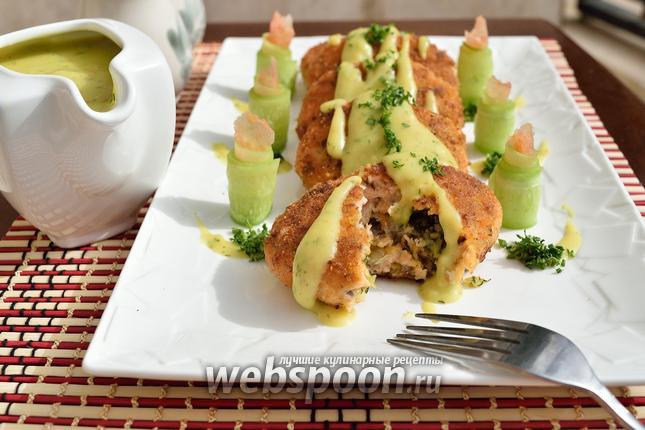 Фото Котлеты из лосося с картофельной подливкой