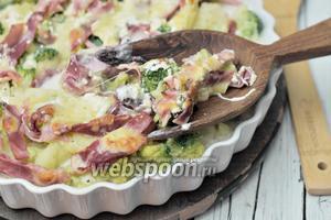 Брокколи-картофельный гратен с ветчиной