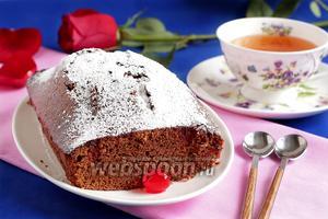 Быстрый шоколадный кекс на сгущёнке