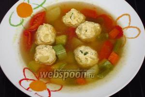 Разлить суп по тарелкам. Приятного аппетита!:))