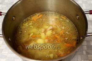 В суп добавить зажарку.
