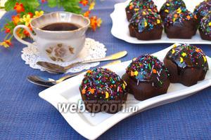 Постные шоколадные кексы с глазурью
