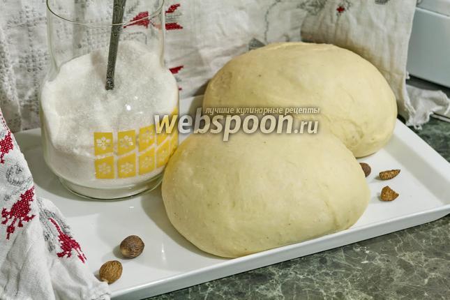 Фото Сладкое дрожжевое тесто на гусиных яйцах (в хлебопечке)