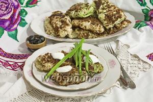 Зразы из савойской капусты с маслятами